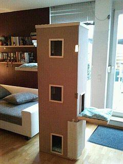 wir bauen einen katzenturm. Black Bedroom Furniture Sets. Home Design Ideas