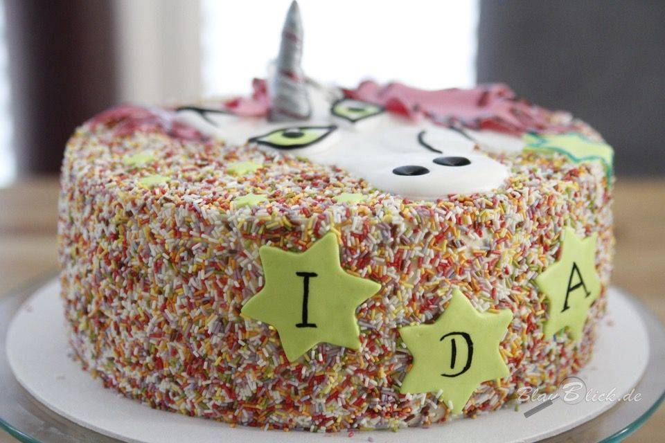 name n pic on cake